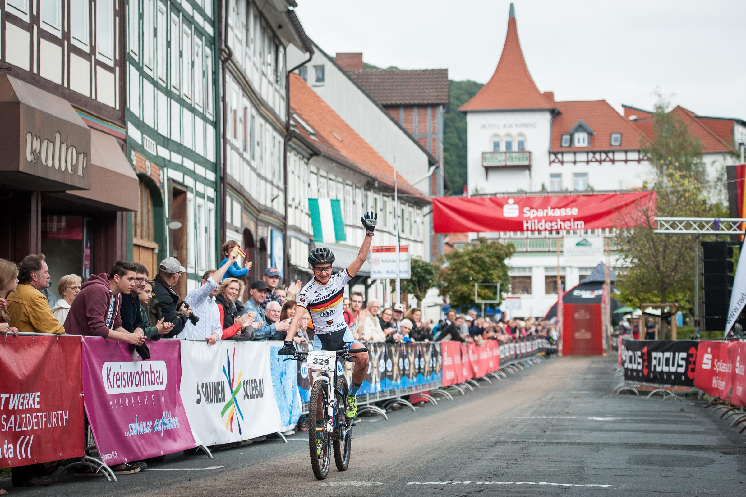 BL-Finale 2014 Gesamtsiegerin Morath Ziel